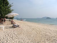 Koh Rang Yai has a few sun loungers on the beach